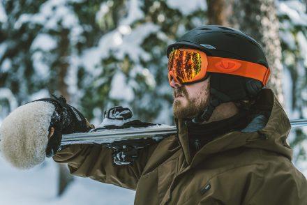 Skiier standing 1